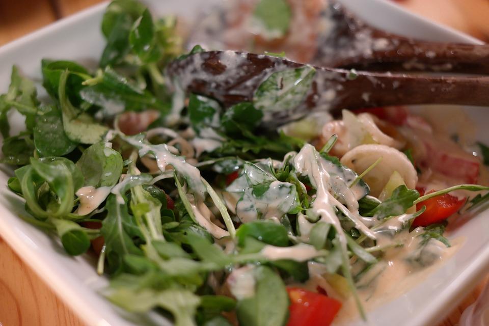 salad-237759_960_720
