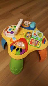 hračky 2